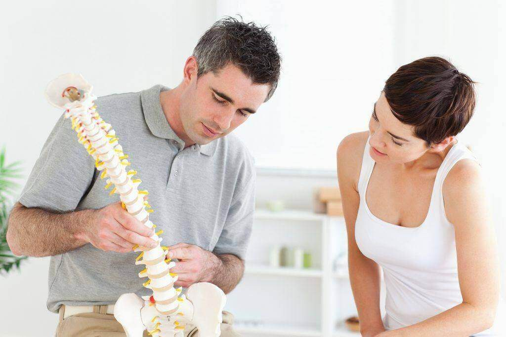 Top Bundall Chiropractors For Pinched Nerve Back Pain Near Me